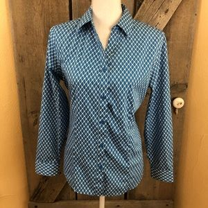 Chico's Wrinkle Resistant Fitted Blouse Size 1-Med